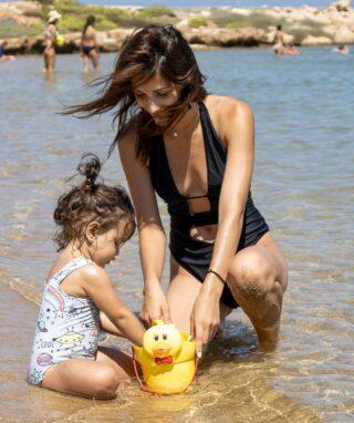 Παιχνίδια στην άμμο ⛱🌞🌊 #summervibes#august#cyprusisland#mynameismomcy#momanddaughter#vacationmode